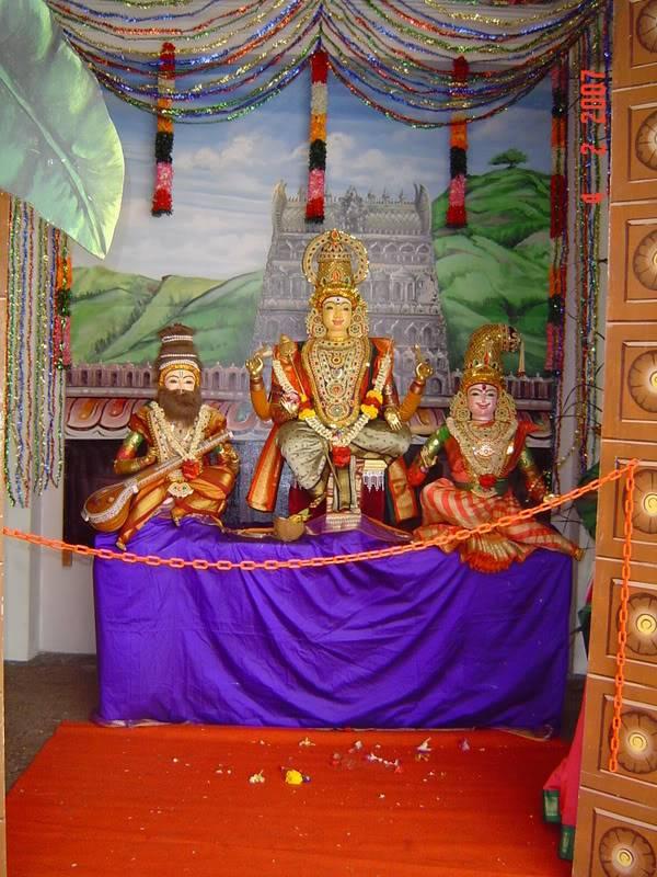 சிங்கை மாரியம்மன் கோவிலில் அறுபடை வீடு முருகன் DSC041532
