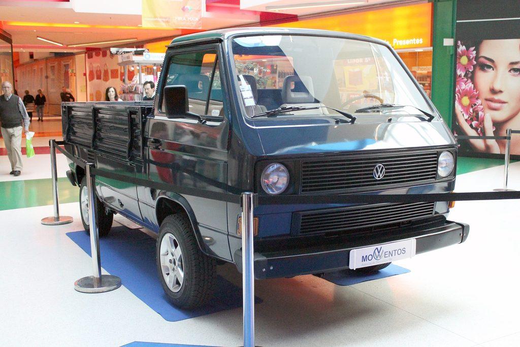 Exposição Clássicos Volkswagen | 1 a 10 maio'15 | C.C. Mira-Maia 11110241_479058938926403_3768434640894064749_o_zpsobxrjqlv
