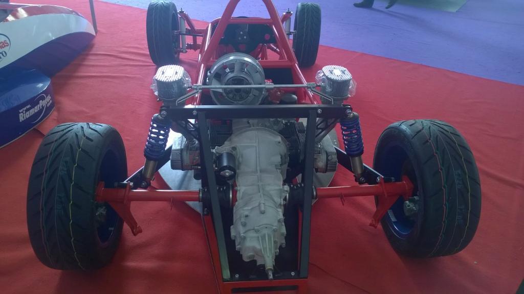 9º Salão Automóel e Motociclo Antigo-Clássico-Sport de Aveiro WP_20141206_034_zpse22f1982