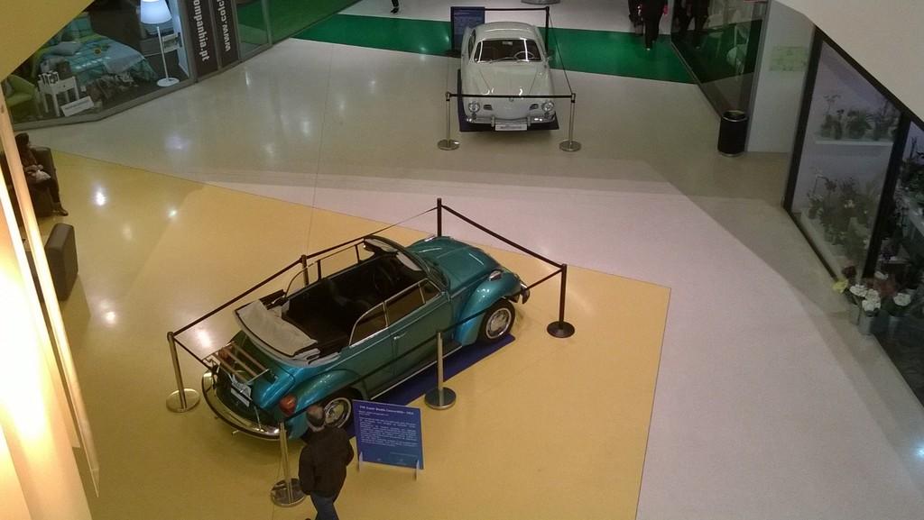 Exposição Clássicos Volkswagen | 1 a 10 maio'15 | C.C. Mira-Maia WP_20150501_029_zpsrrtxg2vw