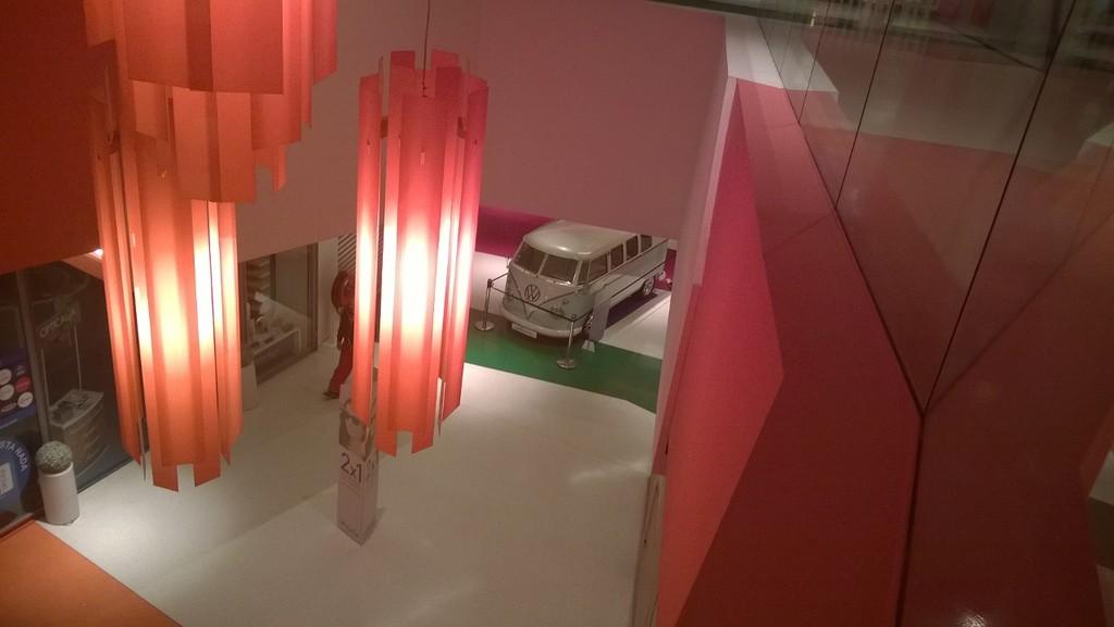 Exposição Clássicos Volkswagen | 1 a 10 maio'15 | C.C. Mira-Maia WP_20150502_006_zpsgcjxxw9n