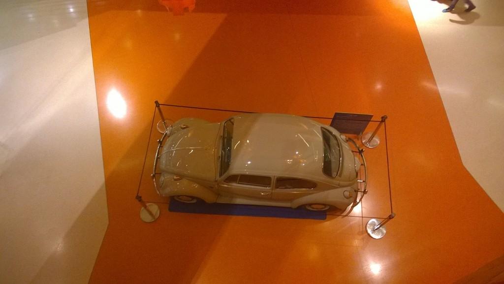 Exposição Clássicos Volkswagen | 1 a 10 maio'15 | C.C. Mira-Maia WP_20150502_007_zpsjh00olfk