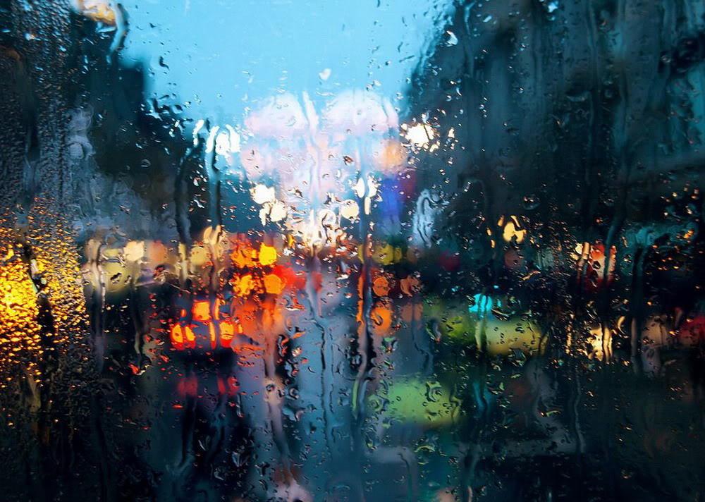 Giọt mưa trên kiếng REDSVN-Rain-01