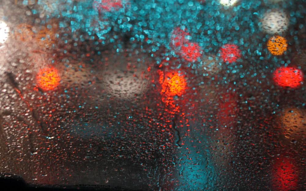 Giọt mưa trên kiếng REDSVN-Rain-20