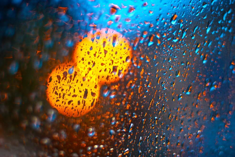 Giọt mưa trên kiếng REDSVN-Rain-34