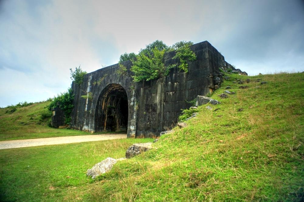 Khám phá tòa thành cổ kỳ vĩ nhất Việt Nam Redsvn-Thanh-nha-Ho-03