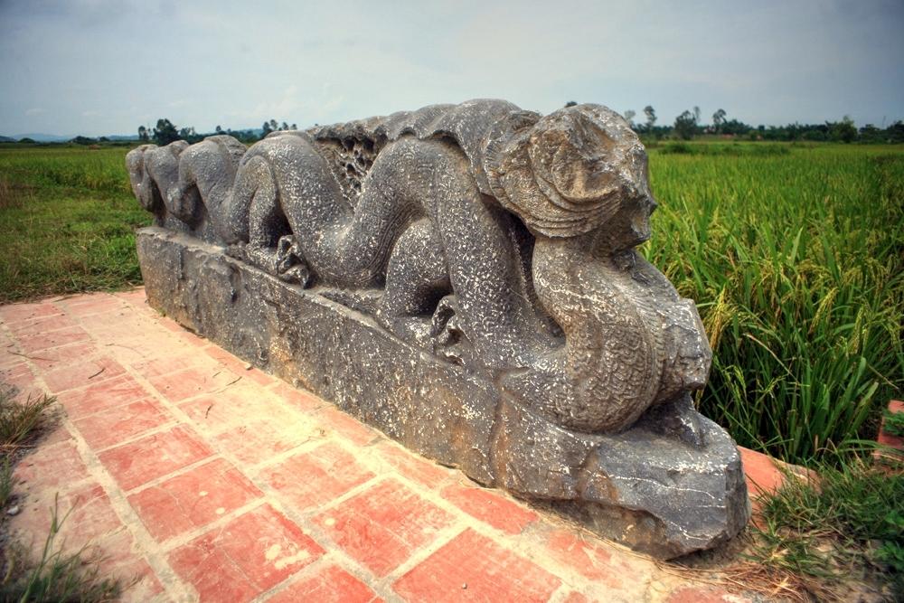 Khám phá tòa thành cổ kỳ vĩ nhất Việt Nam Redsvn-Thanh-nha-Ho-12