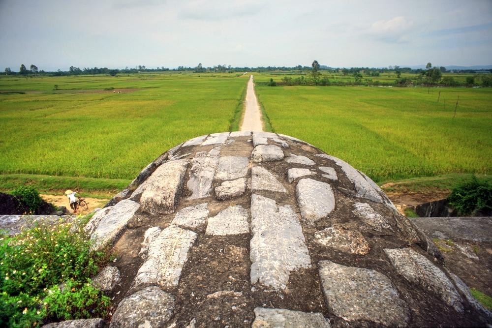 Khám phá tòa thành cổ kỳ vĩ nhất Việt Nam Redsvn-Thanh-nha-Ho-13