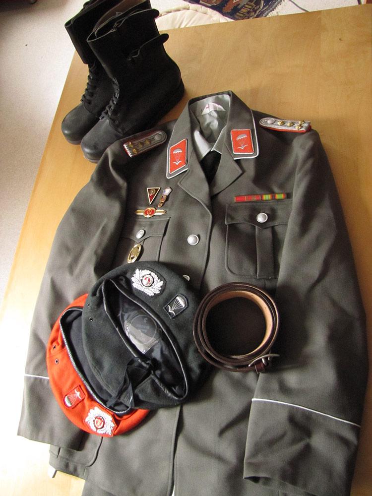 Uniforme officier parachutiste NVA [VENDU] Para_zps2a2877f1