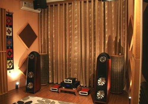 Tiêu âm bass trong phòng hát Tieu-am-bass-aK-1_zpsc9f90dd5