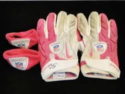 Patriots Game Worn Gloves & Armbands Img10721419med