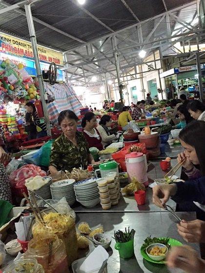 Khu chợ rộng rãi nhiều món ngon ở Đà Nẵng 5-khu-cho-nhieu-mon-ngon-o-da-nang-3_zpstqbsnsfh