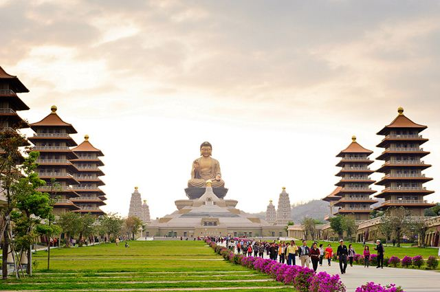 Cẩm nang Toàn tập tour Taipei giá thấp từ A-Z Dai-loan-phat-quang-son_zpsok5epktg