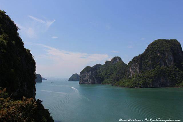 Vẻ đẹp của đảo Cát Bà vừa lạ vừa quen qua cảm xúc của du khách  Du-lich-cat-ba-vao-mua-he-1_zpshtsnfyvb
