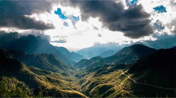 Du lịch Lai Châu chinh phục 9 điểm tới đẹp nhưng ko kém phần nguy hiểm  Du-lich-lai-chau-kham-pha-9-diem-den-dep-nhung-khong-kem-phan-nguy-hiem-2_zpsvr3wb1my