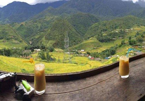 Các quán cà phê du khách có thể vừa nhâm nhi ly cà phê thơm nồng Nhung-quan-ca-phe-co-goc-nhin-dep-o-sa-pa-1_zpsalmxkw8p