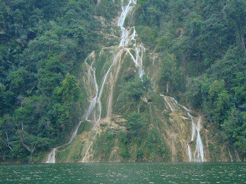 Những trải nghiệm nhớ mãi ko quên lúc tour du lịch Hà Giang Nhung-trai-nghiem-nho-mai-khong-quen-o-ha-giang-8_zpsnszui698