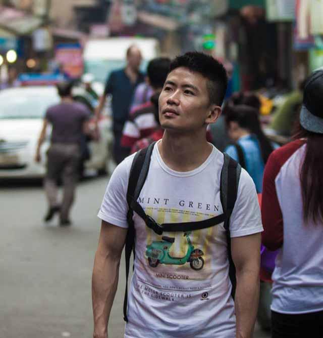 "Cùng Desmond Wong tour du lịch Việt Nam trong ""đi Hanoi - Sapa"" Trekking-ha-noi-desmond-wong-2_zpsfx9lg7vm"