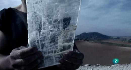 Documental -- El misterio de los cristales gigantes ElMisterioCristalesGigantes_4_zps9a6f93cb