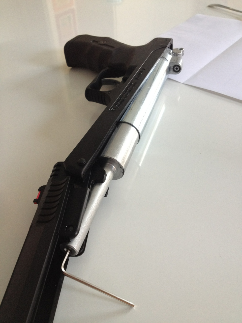 L'entretien du joint de piston du HW40 en images  9CDC4184-43EF-4F3E-B1D6-635B22943E81-3669-000002D79E24D13A_zpsc6c207d3