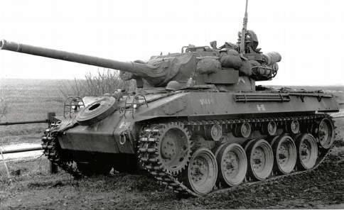 m8 greyhound+m18hellcat M18-1_zpsc517324a