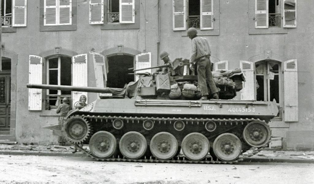 m8 greyhound+m18hellcat M18-5france444biggee_zps936ee8f1