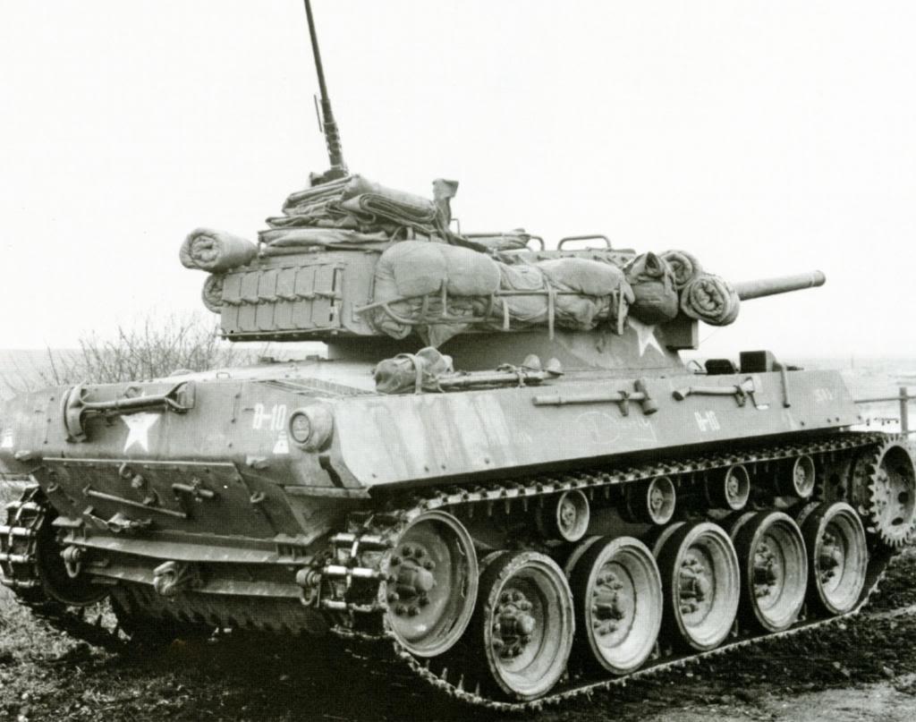 m8 greyhound+m18hellcat M18-7saarburg44_zps68ca29d0