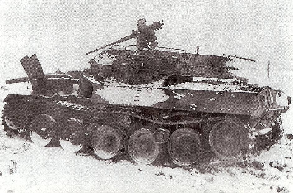 m8 greyhound+m18hellcat M18wreckedbastogne44_zpse953a7af