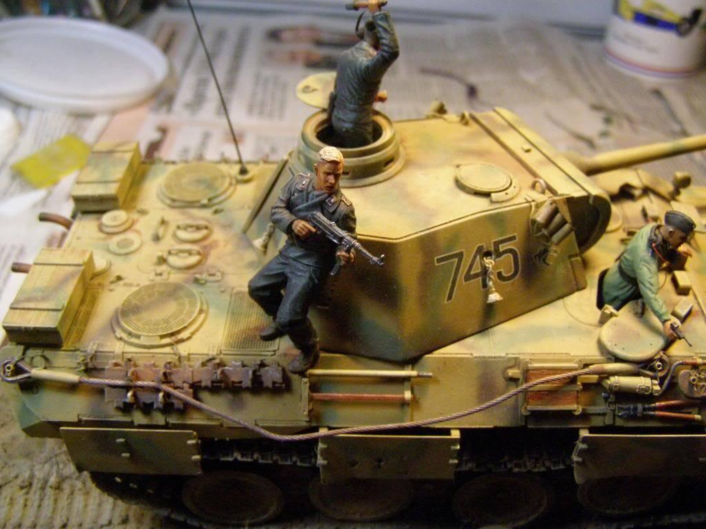 "panther ausfD της dragon στην 1/35 ""το ντεμπούτο Κουρσκ 7/7/1943""  P1130091_zps6e0cafd4"