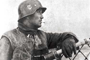Οχυρά γραμμής Μεταξά - Σελίδα 6 Germanstickgrenade3