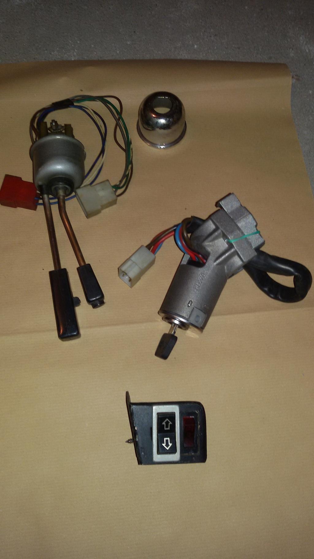 [VENDO - VR] pezzi vari: paraurti zagato, pompe benz., devioluci ecc 20151025_185029