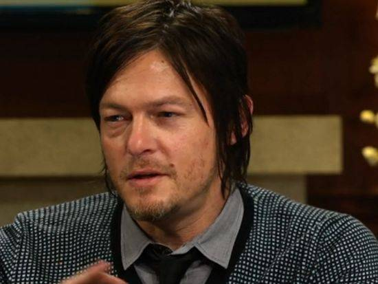 FOTOS - Página 11 The-walking-dead-norman-reedus-larry-king-now_zpsc8abef4c