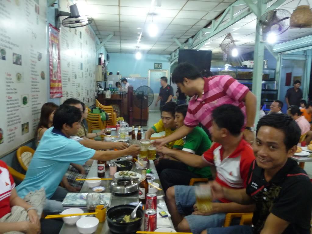 BÌNH LUẬN 12/05/12 LXFC - HAINAM FC: TRẬN CẦU ĐẸP CỦA NHỮNG NGƯỜI LONG XUYÊN P1170577