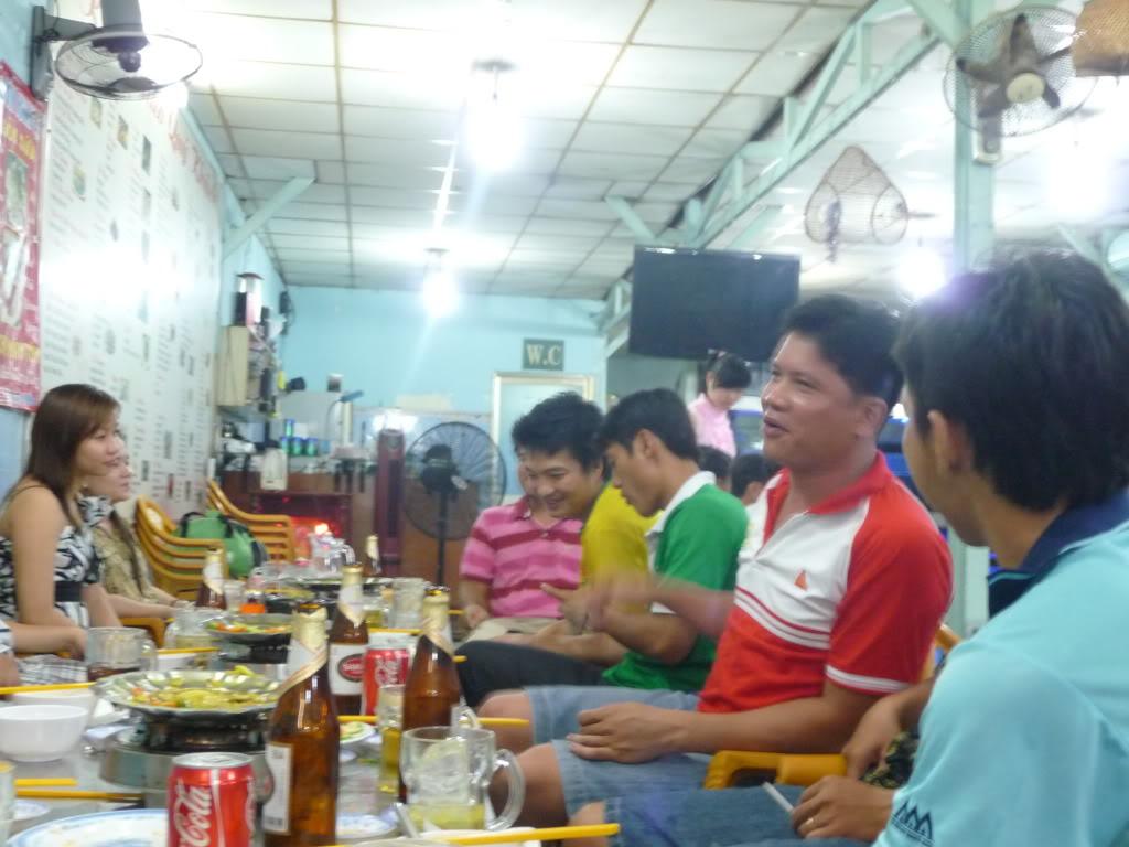BÌNH LUẬN 12/05/12 LXFC - HAINAM FC: TRẬN CẦU ĐẸP CỦA NHỮNG NGƯỜI LONG XUYÊN P1170586
