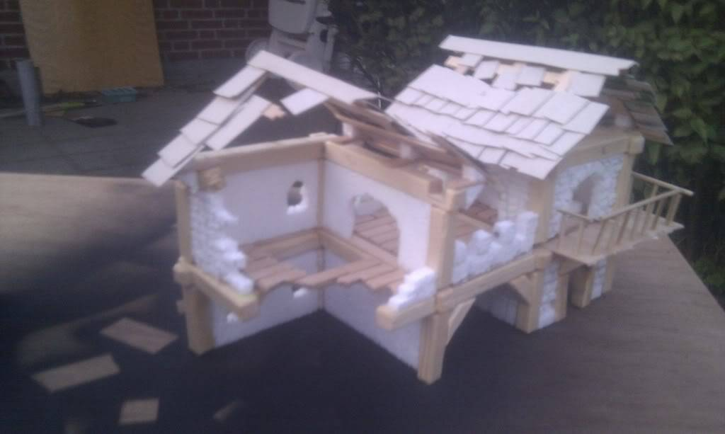 My take on several mordheim buildings  IMAG0163