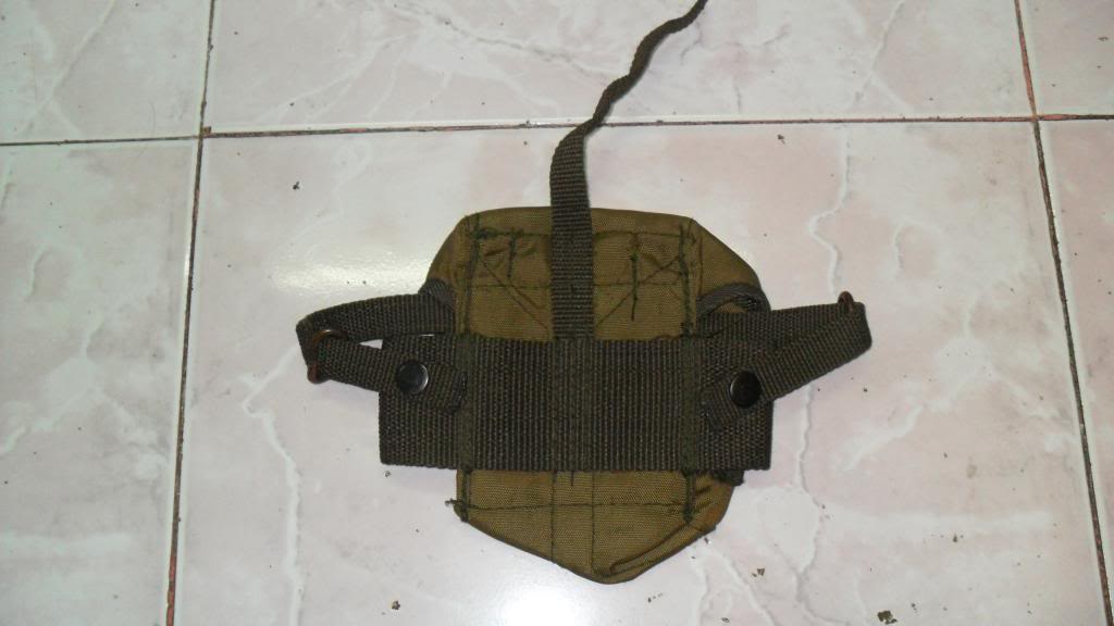 Army cap and mag pouch SAM_1908_zpseb31832c