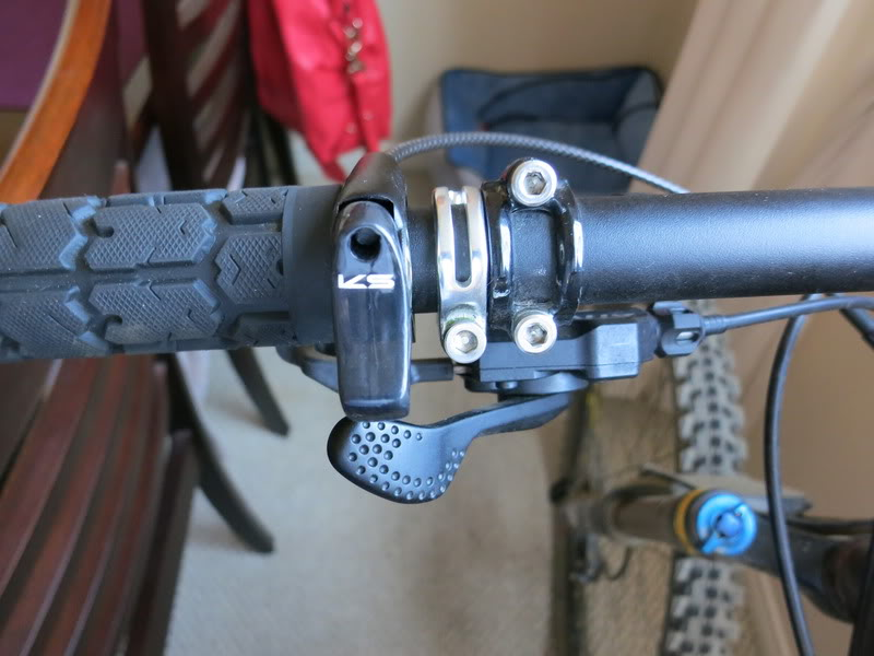 Dropper Post: Kind Shock Lev 125mm IMG_1903