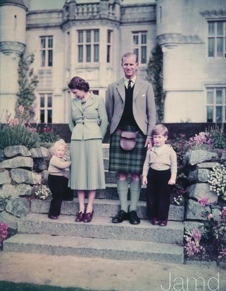 Princesa Ana Mountbatten-Windsor y familia - Página 2 52445136