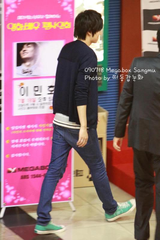 [Pics] Fan Signing Event in GwangJu 24mhvlc