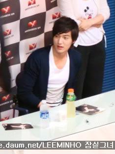 [Pics] Fan Signing Event in GwangJu 574i0i7acjvzmyj9vbq2