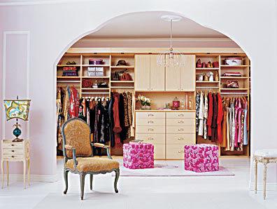 Къщата на Candice Swanepoel и Мелани Суанпоул :) Feb_closet_cal1