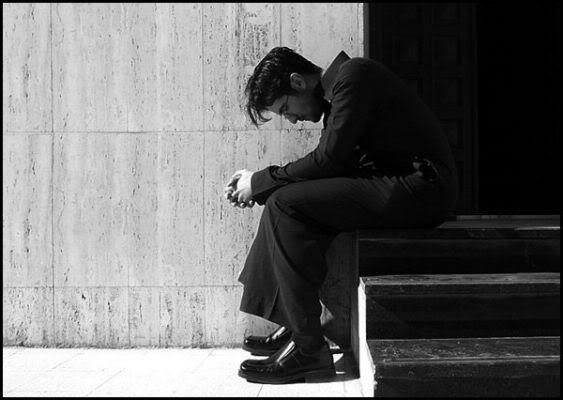 صور قمة الاحزان Grieving-1