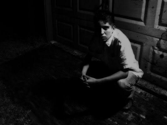 صور قمة الاحزان Grieving-8