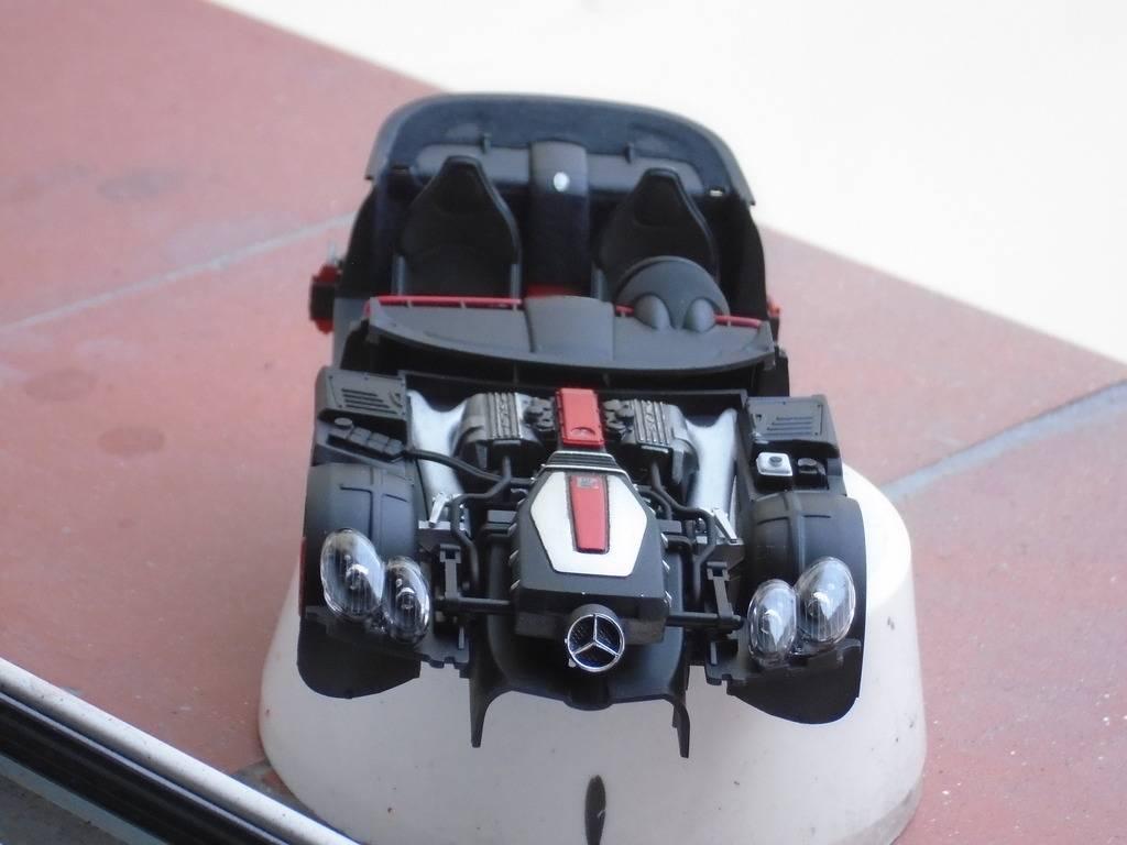 Mercedes-benz SLR McLaren 722 Edition Tamiya DSC00416_zpsvnd4dfoi