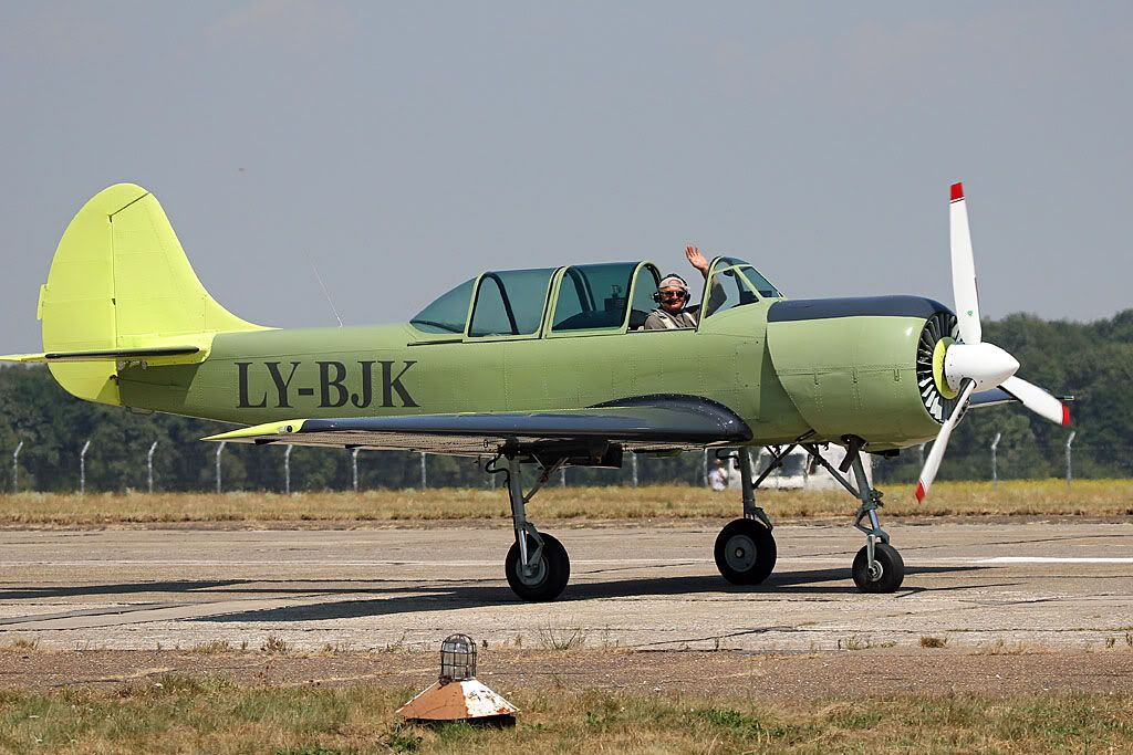 Suceava Airshow - 4 si 5 august 2012 - Poze 1979f8af