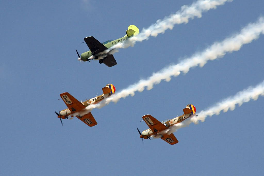 Suceava Airshow - 4 si 5 august 2012 - Poze 3110e235