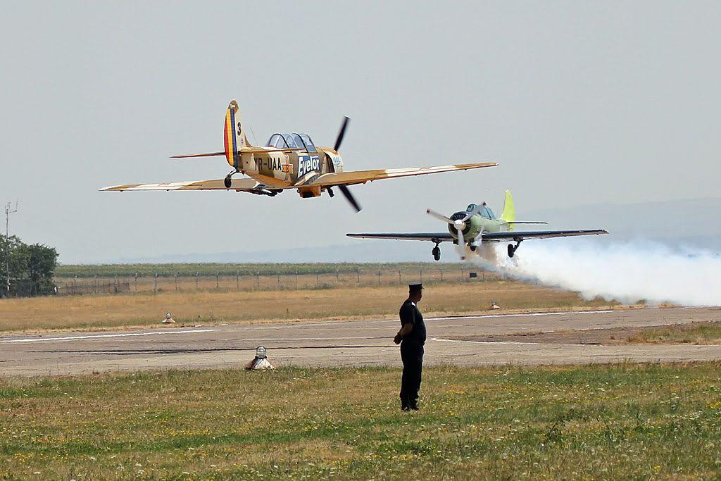 Suceava Airshow - 4 si 5 august 2012 - Poze 5e570a10