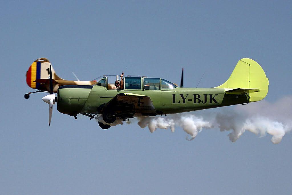 Suceava Airshow - 4 si 5 august 2012 - Poze 8e8fb605
