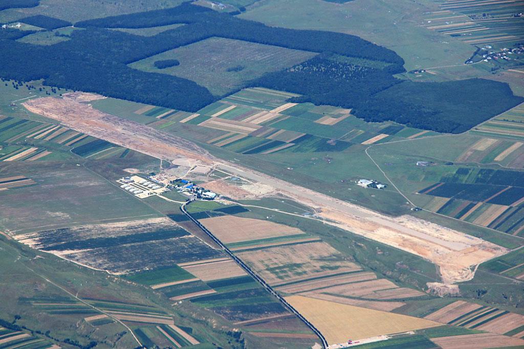AEROPORTUL SUCEAVA (STEFAN CEL MARE) - Lucrari de modernizare - Pagina 2 AeroportLRSV_zpsa551cfea