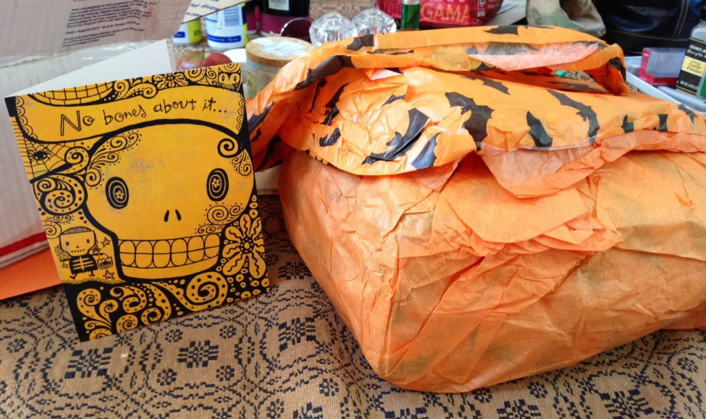 Halloween crisscrossing the continent! Ff38e22accabac05586f124b9380f0c7